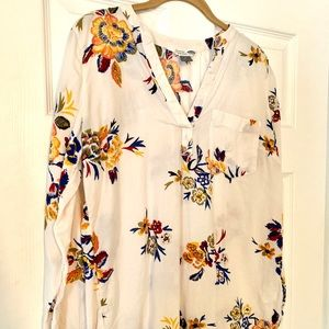 White floral tunic by Old Navy